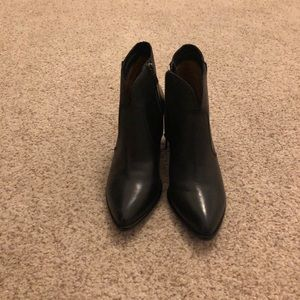 Frye Women's Jennifer Ankle Leather Booties